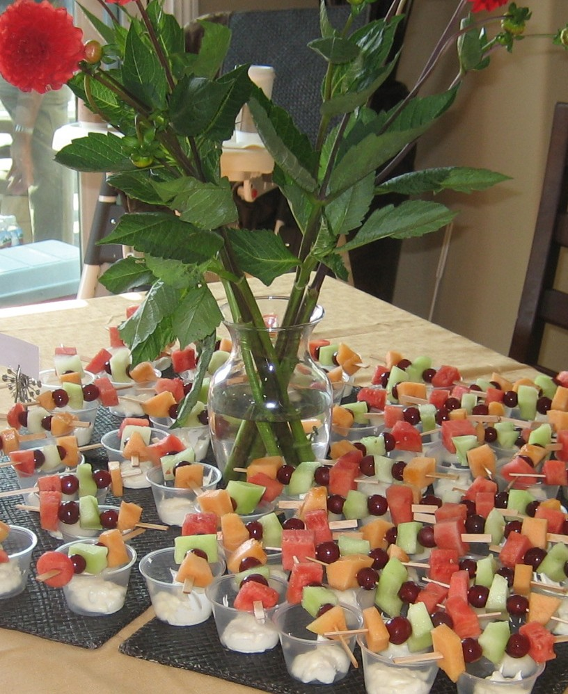 Refreshing summer party food idea swapped - Fruit designs for parties ...
